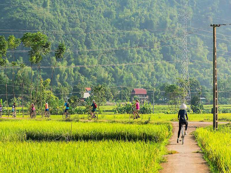 Hanoi - Mai Chau - Pu Luong - Package Tours 5 Days 4 Nights